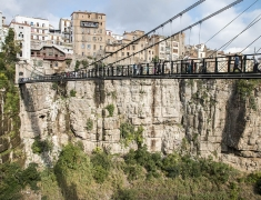 One small bridge spanning a chasm in Constantine