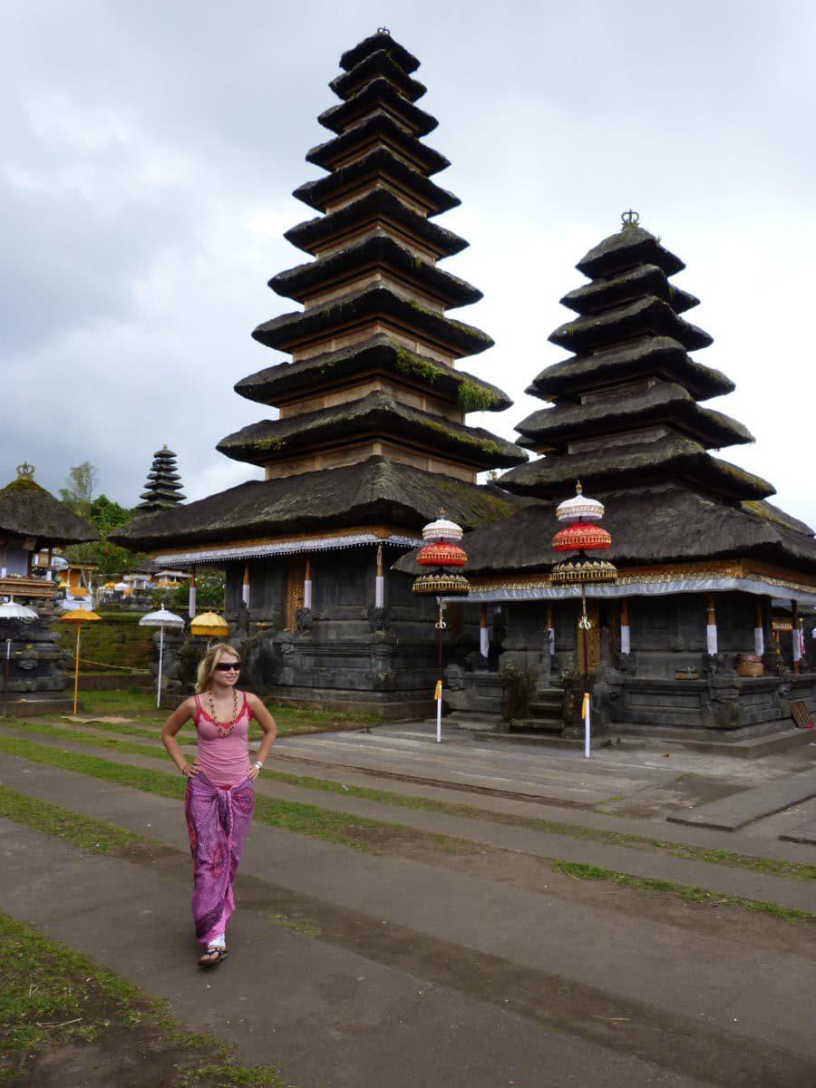 Eva in Bali- big temple