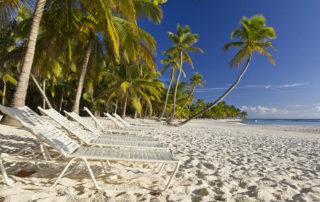 Úplně prázdná nejhezčí pláž na ostrově Isla Saona
