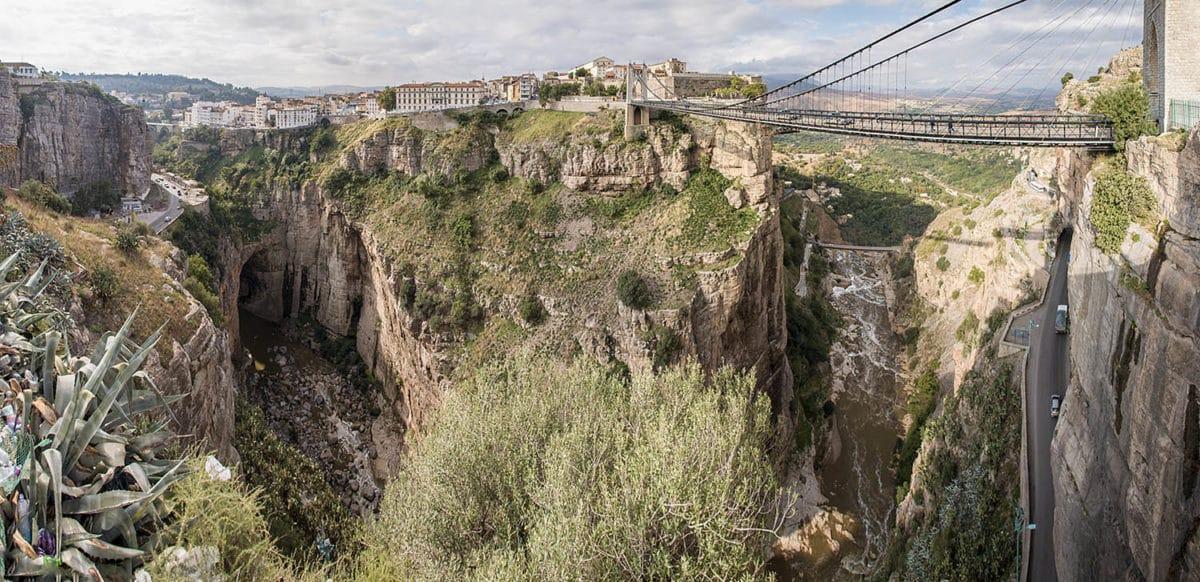Pohled na centrální historickou část Constantine