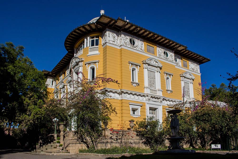 Palacio Portales de Bolivia ve městě Cochabamba