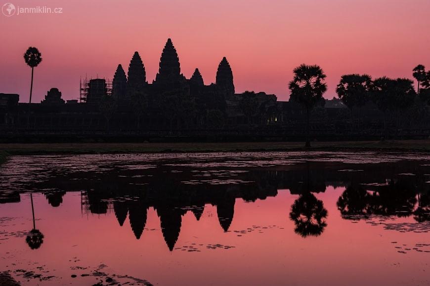 Magical Angkor Wat at sunset
