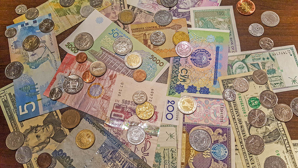 Bank notes and coins