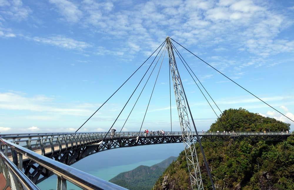 Lagkawi Sky Bridge