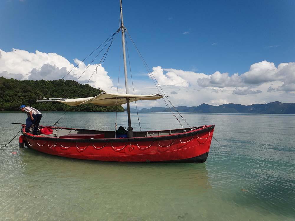 malaysia-Langawi-sea